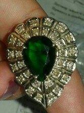 Продаю золотые кольца эксклюзивных моделей.