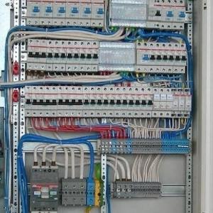 Монтаж автоматов,  розеток,  выключателей от мастера электрика