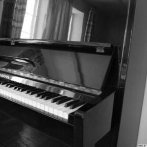 Пианино фортепиано Беларусь черное