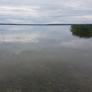 Дача на берегу озера
