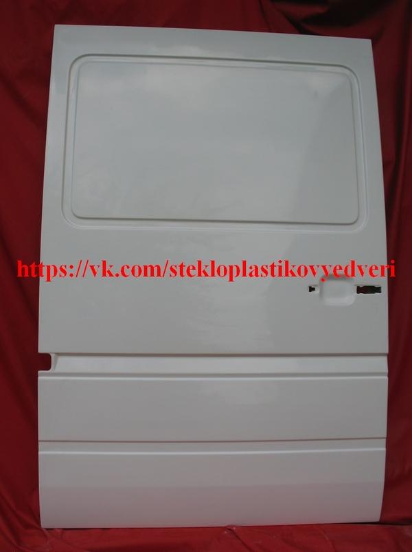 Фольксваген ЛТ стеклопластиковая боковая дверь 6
