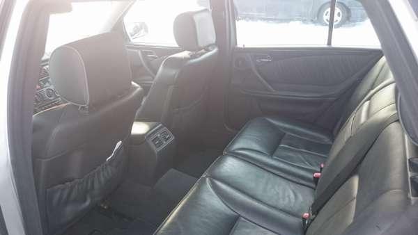 Продам Mercedes-Benz E210 5
