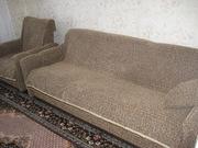 Продам мягкую мебель б/у в хорошем состоянии,  диван (книжка)   2 кресл