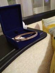 Продам новый золотой браслет.